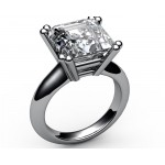 Double prongs Solitaire Sapphire Engagement Ring in 18K Yellow gold